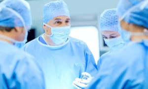 Cirugía mínimamente invasiva para el reemplazo de válvula